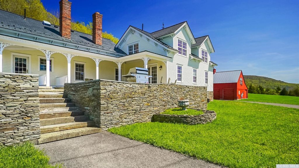 351 North Settlement Road Ashland, NY 12407